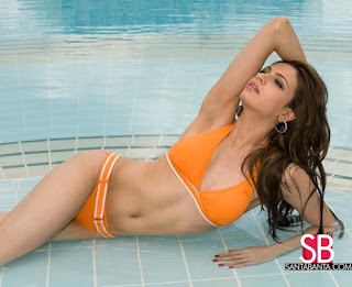 Simran Kaur Mundi Bikini Picture