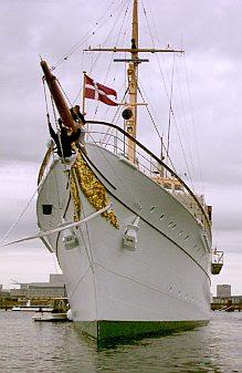 The royal yacht 1