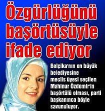 Mahinur Özdemir, with scarf revealed