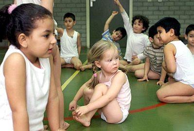 Netherlands: white girl in a 'black school'
