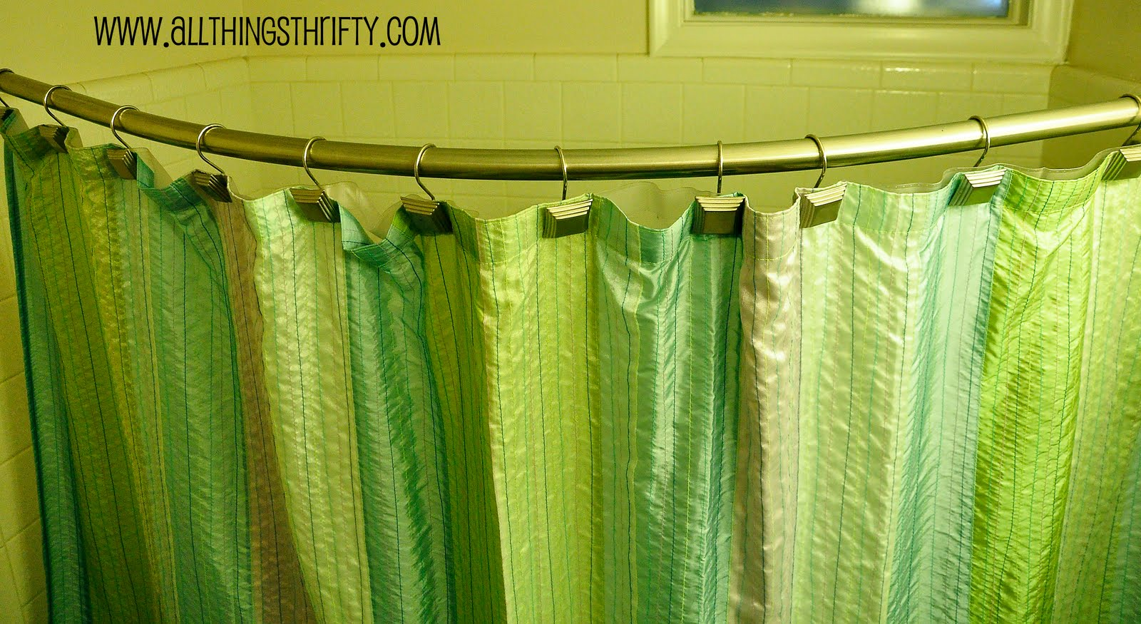 Shower Curtains: Curved Shower Curtain Rod