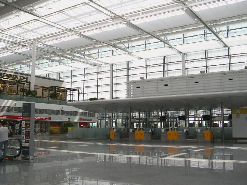 Dreaming Traveller: Top 10 Best airports of the world