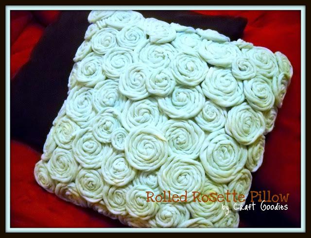 http://1.bp.blogspot.com/_mkCOcf0FOTk/TUKBOzgUu7I/AAAAAAAABP8/4EbO823iJS4/s1600/re-vamped+pillow.jpg
