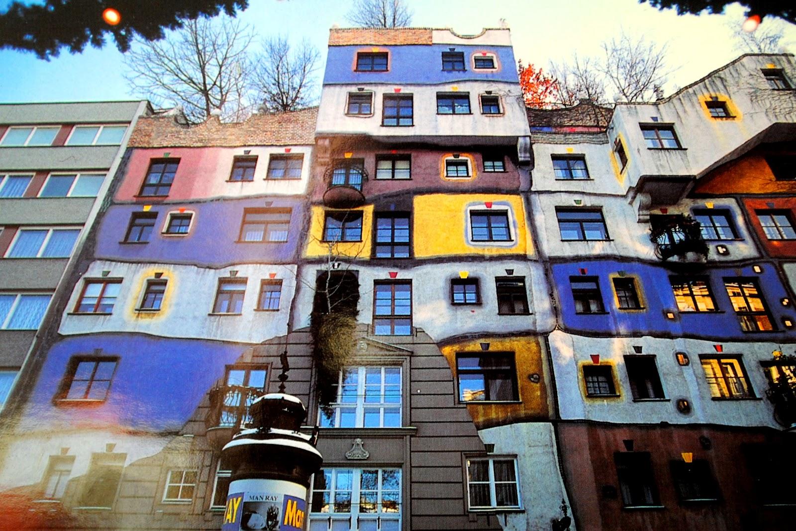 budynek pełen kolorów