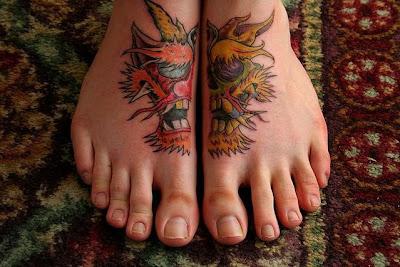 tatooed women 004