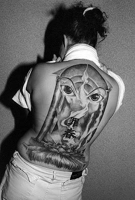 tatooed women 002