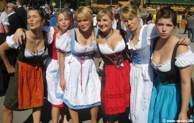 Hot Hot Naked Bavaria Women Photos