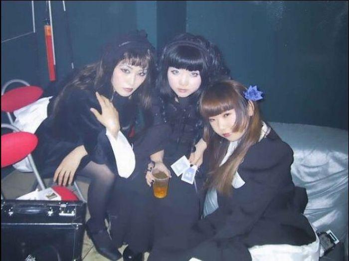 asia punk girls nude