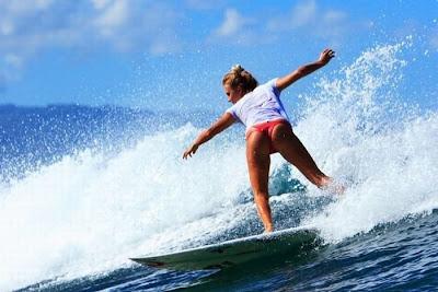 تزلج الفتيات على الماء