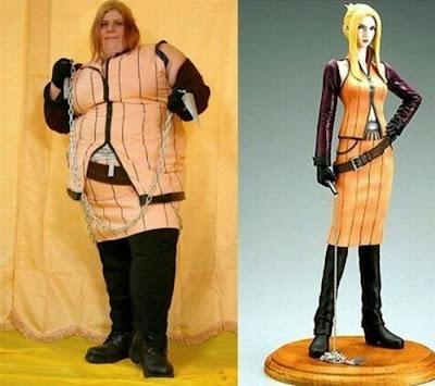 [Image: cosplay_fails_19.jpg]
