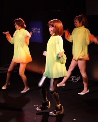 dancing robot girl 05