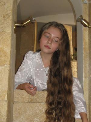 صور لفتيات اصحاب شعر طويل
