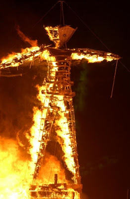 [Image: burning_man_20.jpg]