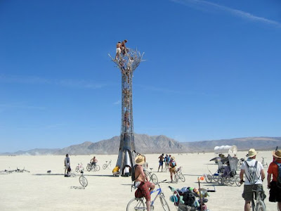 [Image: burning_man_16.jpg]