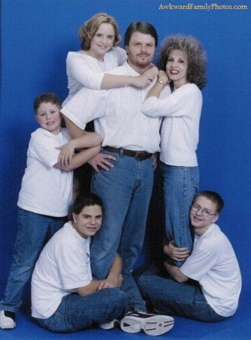 Awkward Family Photos Part 2 Damn Cool Pictures