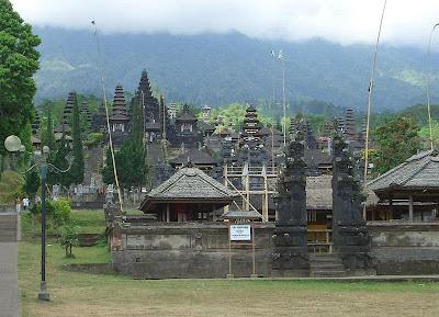 Templo da Mãe Besakih, Bali, Indonésia