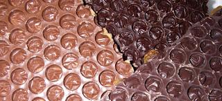 stylogy: bubble wrap chocolate