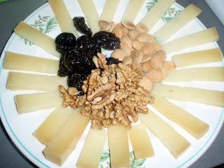 queso de oveja con frutos secos