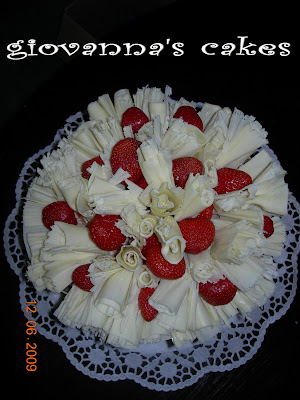 giovanna's cakes: chocolate and strawberry decorated cake