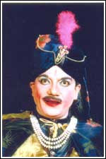 Anand as Jadugar: Jadugar Anand