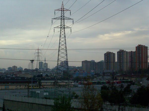 Power lines and over-development off the side of the TEM highway in Istanbul.