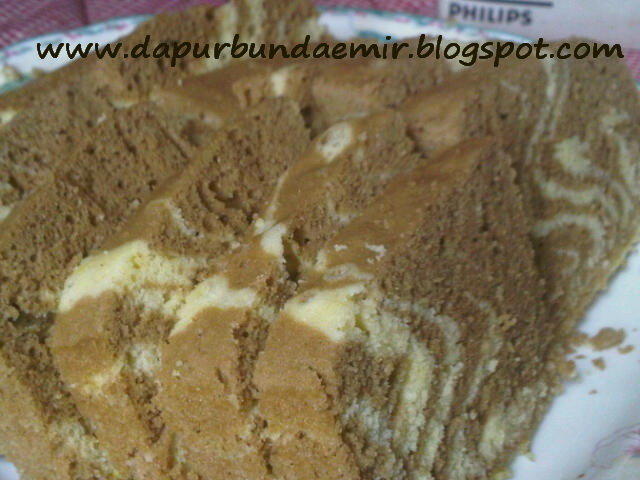 Resep Cake Kukus Modern: Dapur Bundaemir: Resep Cake Zebra Kukus