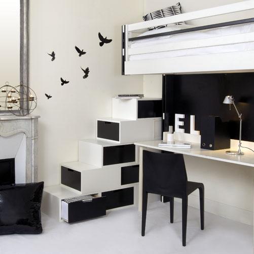 Uzumaki Interior Design: Interior With Black And White
