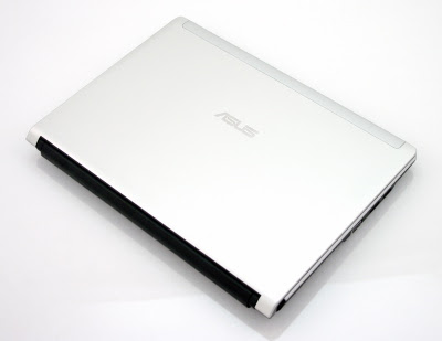 ASUS UL30A-A1 laptop overview