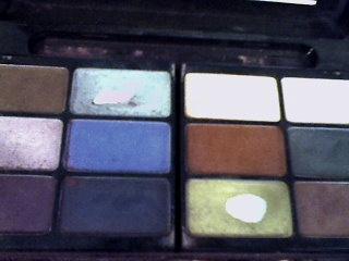 Welkom op Beautys delight: Whats in my make-up bag