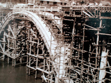 Construcción del puente en Depoe Bay