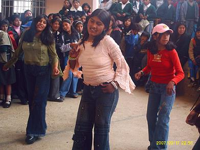 [foto+baile.JPG]
