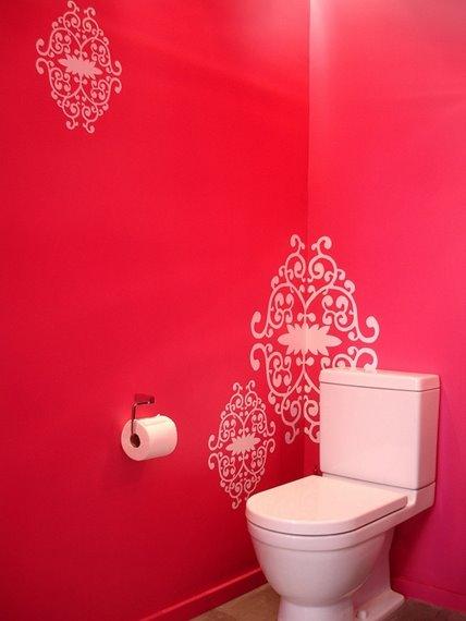 Baño De Color Deliplus Rojo Intenso:rojo es un color muy vivo, excitante y el cuarto de baño requiere de