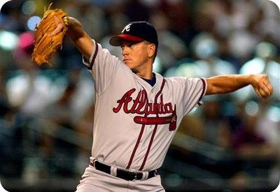 Tom Glavine: a very old pitcher.