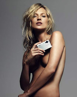 Kate Moss Topless pic Free Wallpaper