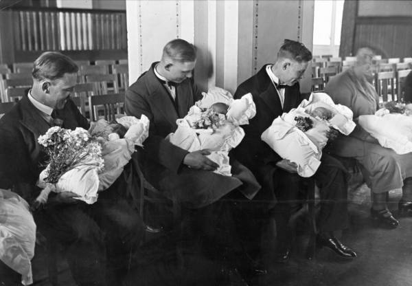 KLS: A Brief History of Childbirth in the United States