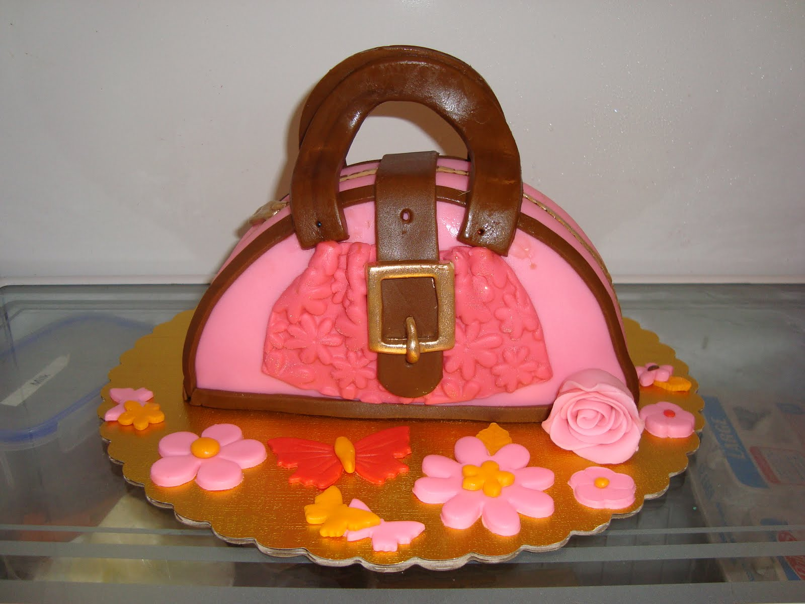 Syd S In The Kitchen Purse Cake Chefs Inc Cooking Camp For Kids On