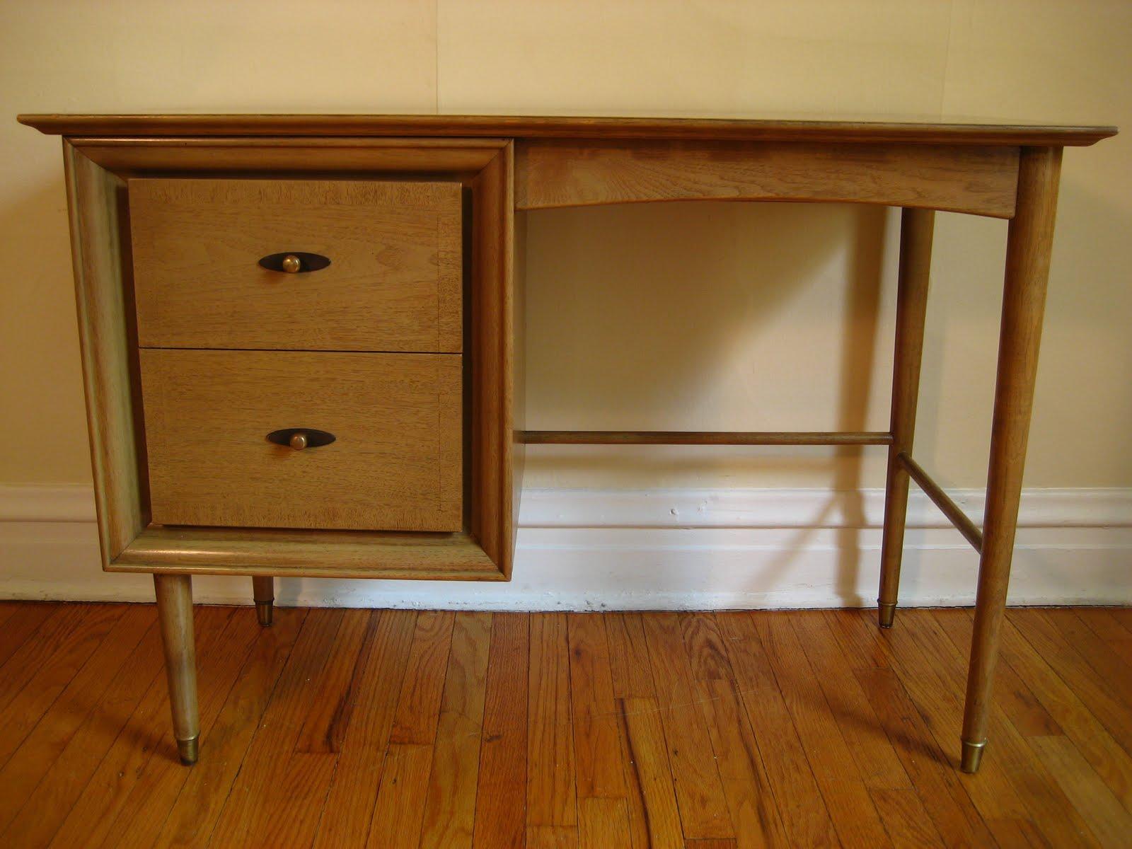 flatout design kroehler desk