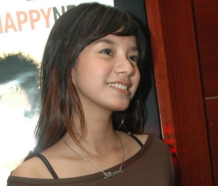 Artis Cantik Indonesia: Kirana Larasati Artis Seksi ABG