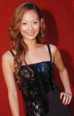 Foto hot syur Indah Kalalo Model Sexy Indonesia indo celebrity