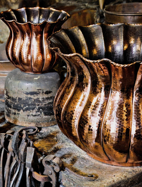 Hand-hammered copper  cache pots by Brocchi Workshop, Siena Italy as seen on linenandlavender.net