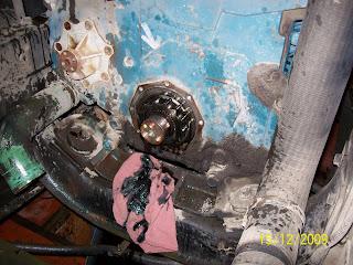Dt 466 High pressure oil pump replacement Procedure