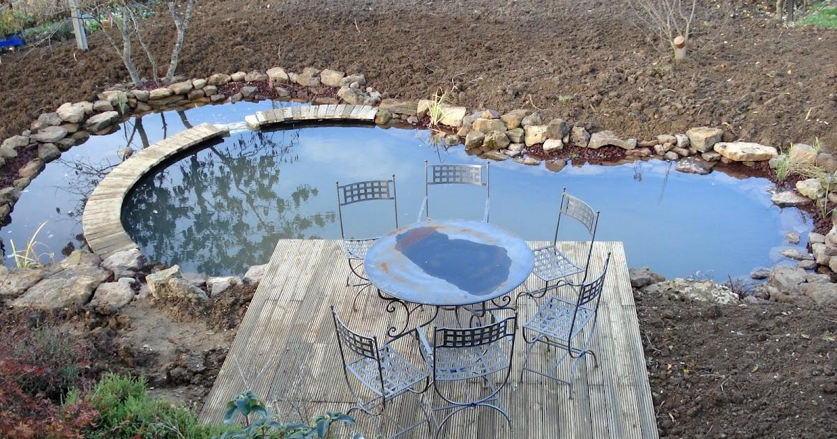 Piscine naturelle et baignade naturelle bassin de 25 m for Piscine auxerre