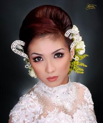Model Potong Rambut Pendek Wanita Gemuk