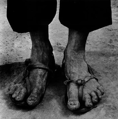 be45cd4c65b548 I HATE seeing peoples feet. Especially given the fact that most people are  less than appealing physically