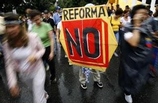 Estudiantes No a la Reforma
