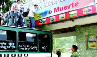 Protestas UPEL y UC en la IV División de Maracay