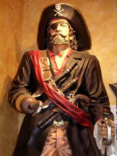 historia pirata toda vestimenta: