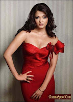 Aishwarya Rai Bold Picture In Fast Red Color Outfit 2