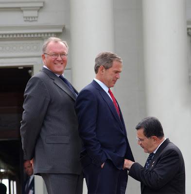 Bush borde testa knark