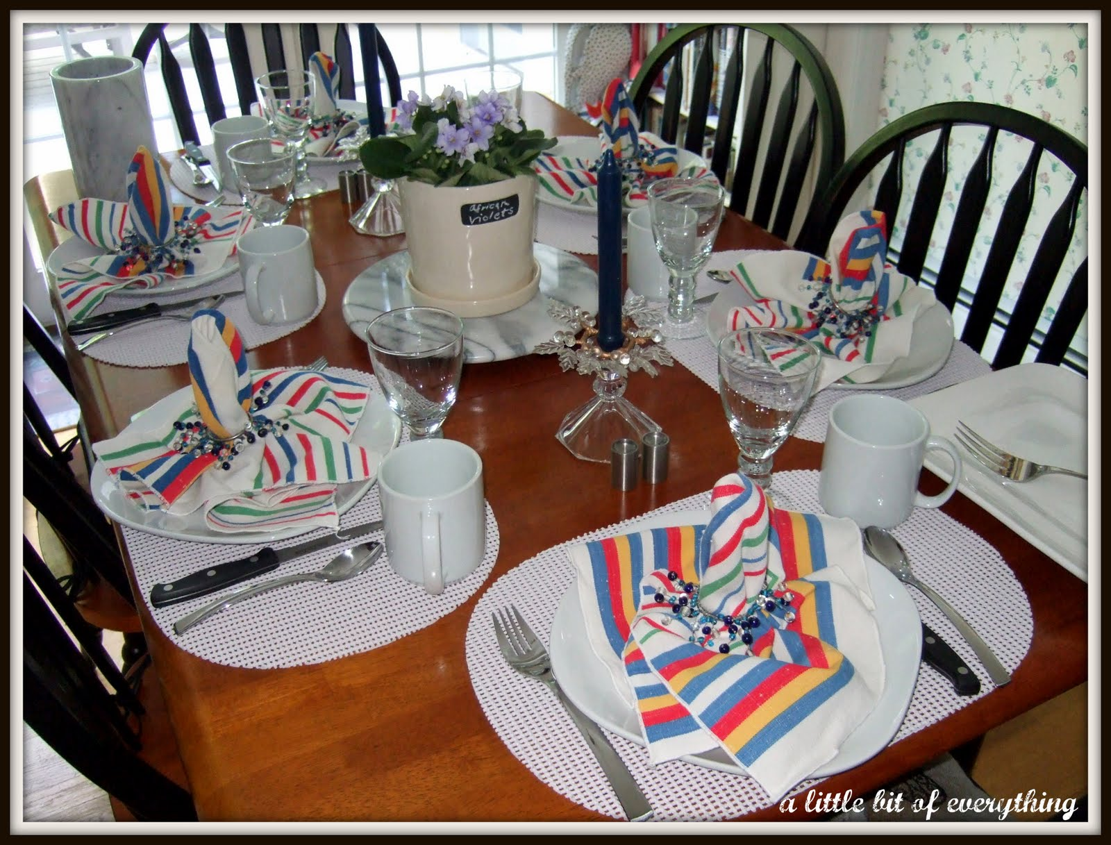 a little bit of everything: Table Settings: Casual Dinner ...